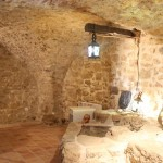 Cellar with well 1